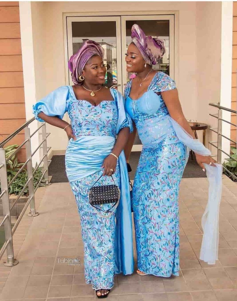 PHOTOS Gorgeous Asoebi Dress Styles For Ladies - Wedding, Engagement & Birthday Outfits 2021