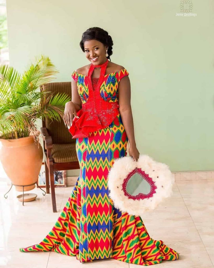IMAGES Pretty Kente Fashion Wears For Ladies You'll Love.