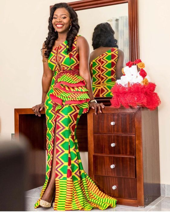 IMAGES Vibrant African Traditional Wedding Kente.