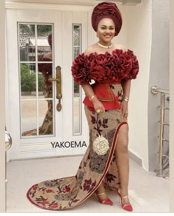 Top Trending AsoEbi Wedding Gowns - The Most Classic Dress Styles For Engagement