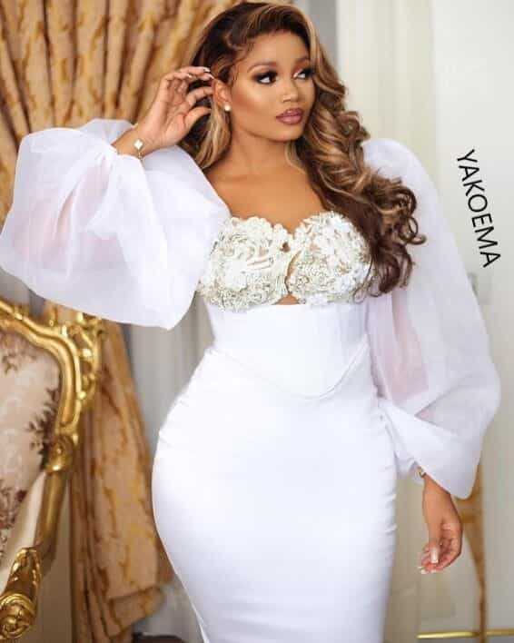 White Wedding Dresses For Ladies - Nice Designs For Engagement.