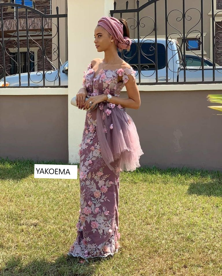 Hello! Dear African Fashion Lovers, Check These Posh Trending AsoEbi Designs Now!