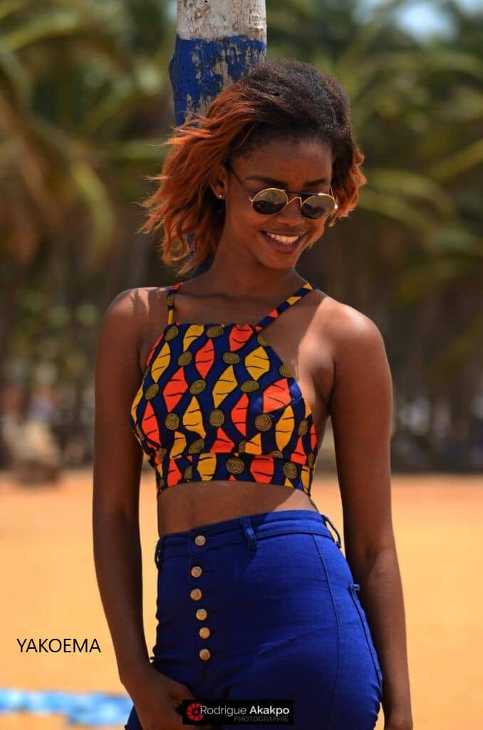 IMAGES Classy Outfit Designs & Styles - Terrific African Design With Awesome Arts