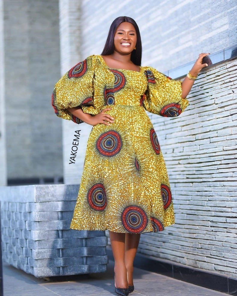 What A Cute African Wear! Your Favorite Fashion Design For The Year ( The Best Arts)
